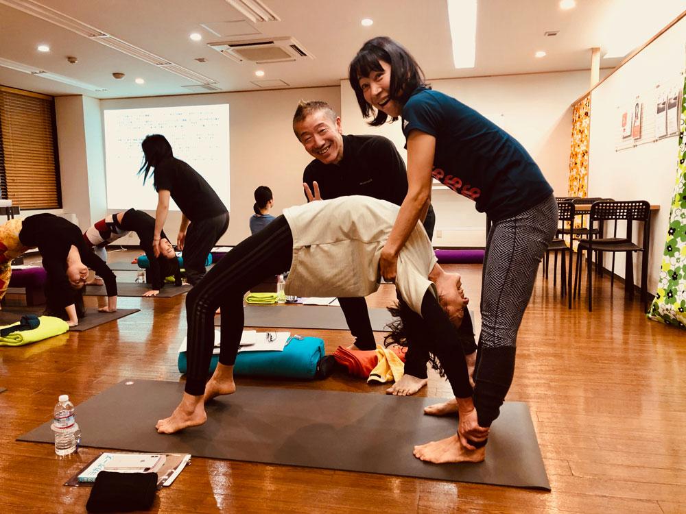 2018年12月19日 KIDヨガアドバンス受講生の皆さんと実践的なヨガ解剖学クラス❗️