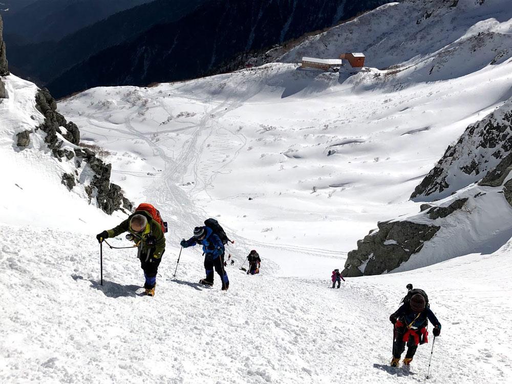 2019年1月14日木曽駒ケ岳2956m中央アルプス最高峰・カールを急登中